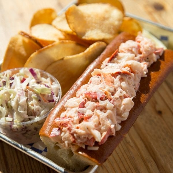 dressed lobster roll